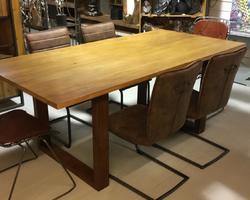 TABLE A DINER CHENE ET METAL L200