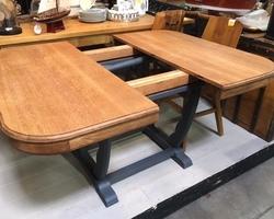 TABLE A DINER EN CHENE