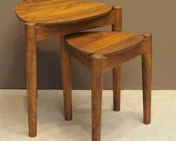 TABLES GIGOGNES EN MANGUIER