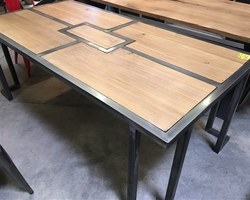 TABLE À DÎNER STYLE INDUS CHÊNE/MÉTAL L200